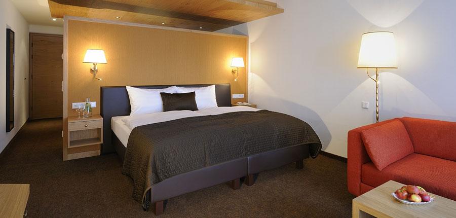 Hotel Saalbacherhof, Saalbach, Austria - double bedroom.jpg